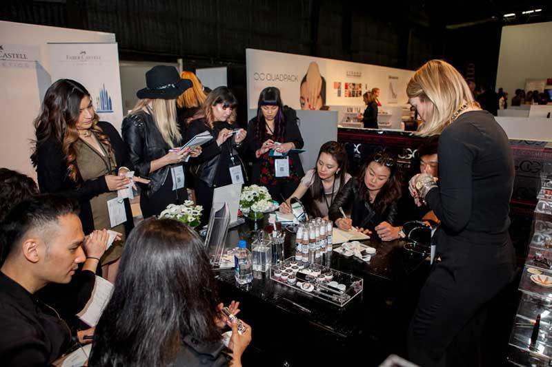Makeup in los angeles evento de maquillaje btob de la for Salon btob