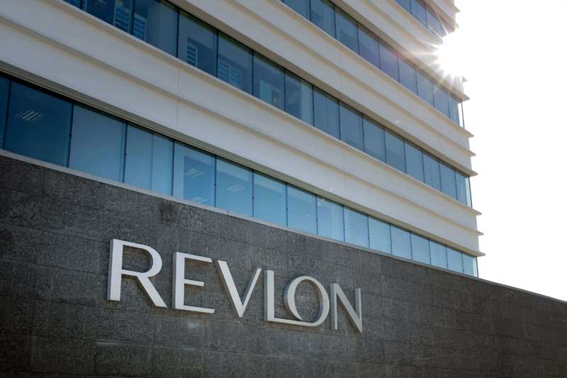 Chris Peterson, nuevo director financiero de Revlon